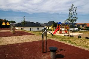 2015-08-26- Spielplatz Magnolienweg Röthegrund II - 3.dng